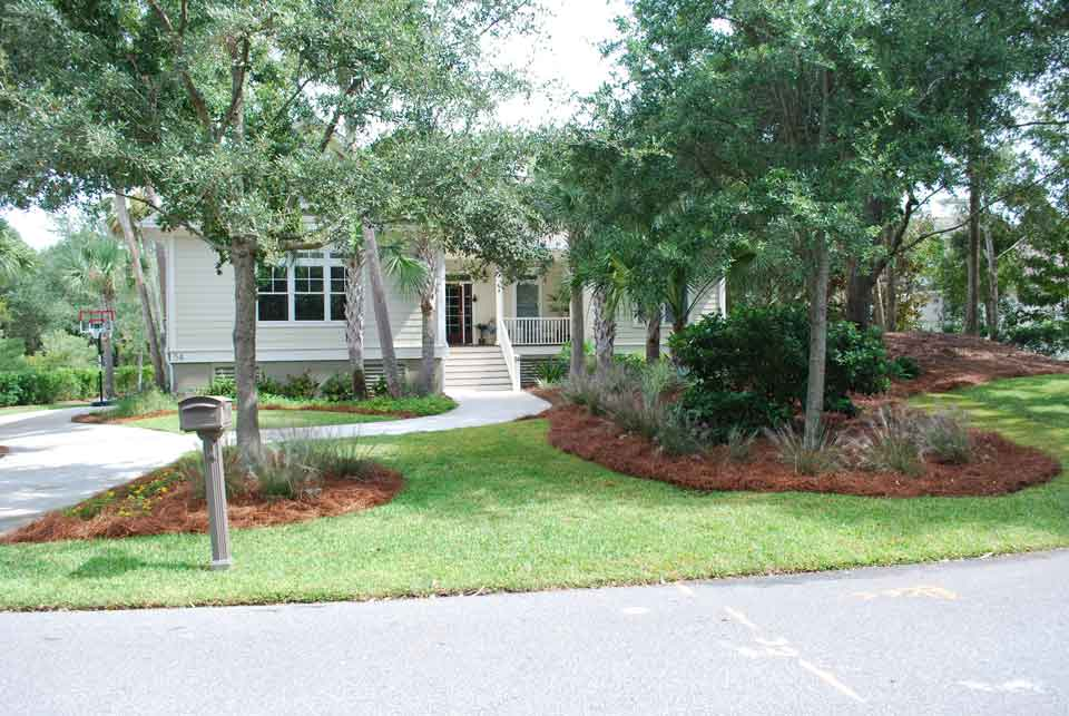 front yard landscaping 3 - Landscaping Ideas Charleston SC - Charleston Plantworks
